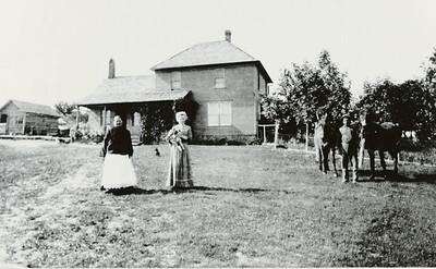 Marie Nilsson, Sarah Matilda Bengtson, Sven Peter Nelson House
