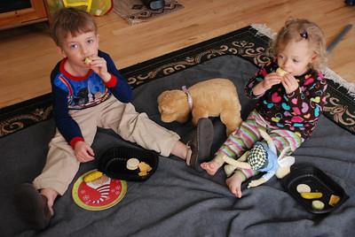 Jan 2011 - Indoor picnics are the best