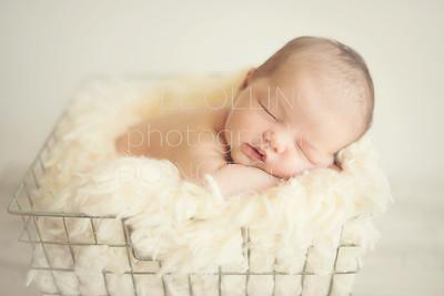 Ben Valadez Newborn-9661