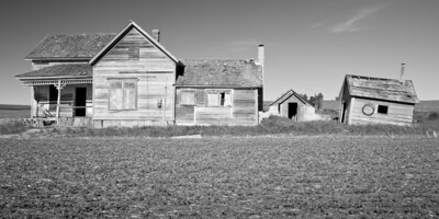 A dilapidated homestead in the Palouse