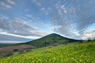 Early morning sky over Steptoe Butte
