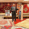 2016-10-12 Benson Istanbul Day 02 - Istanbul Handicraft Center carpet sales pitch 02