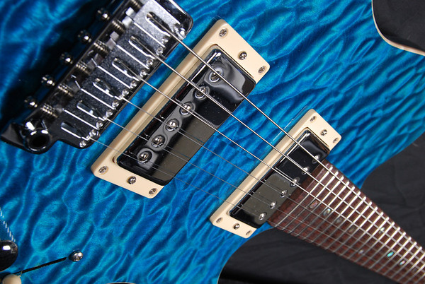 Bent Top, Trans Turquoise, HH Pickups