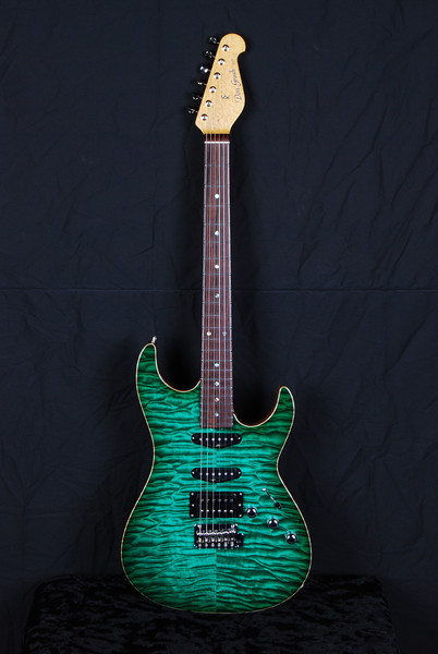Hollow Bent Top, Emerald Green Burst, SSH Pickups