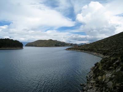 El lago Titicaca from La isla del sol