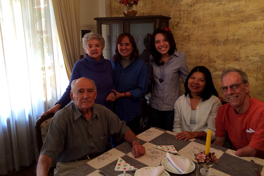 My family  (left to right) My Bolivian grandfather Nelson, bolivian grandmother Elsa, Bolivian mom Claudia, me, my mom Boosaba, my dad Mac