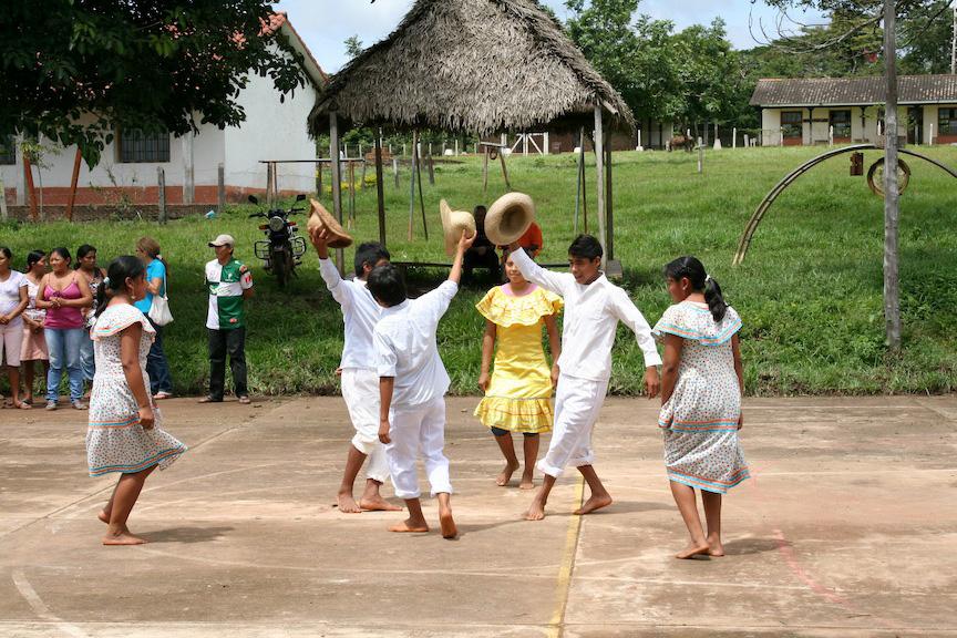 Welcoming dance by students at Santa Rita