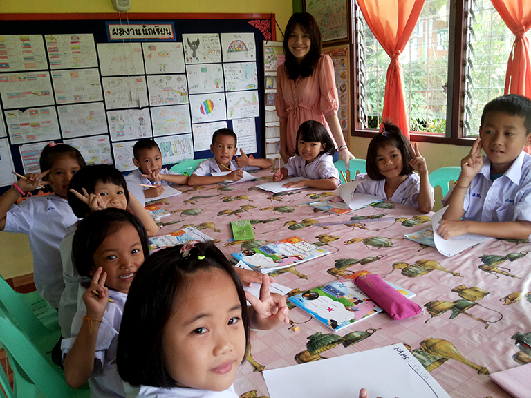 First and second grade at Pah Tdao Pattana School  Left to right: Kana, Ing, Am, Tdae, Chape, Auto, p' Ben, Tdoon, Tda, Tderi  Photo by Panisara Techanan