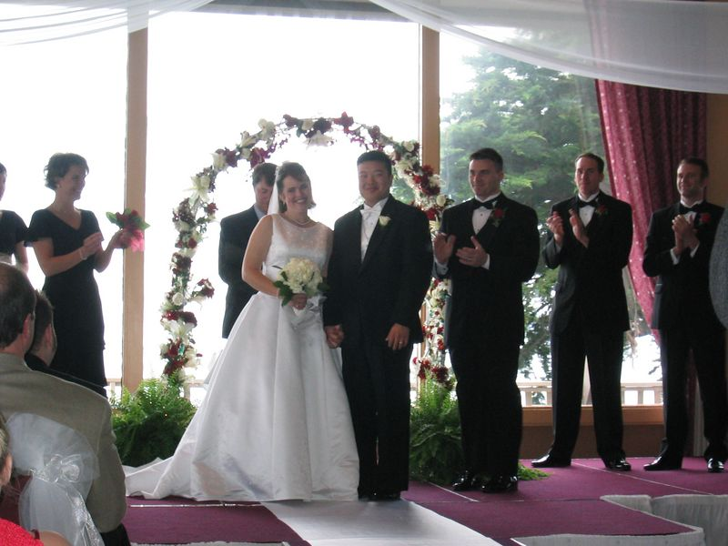 19 - Applause for the newlywed wife & husband