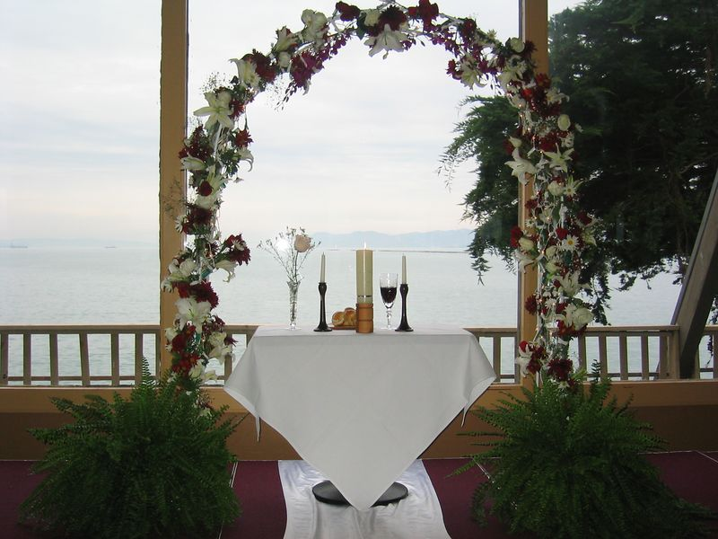 20 - The flower arch & communion table