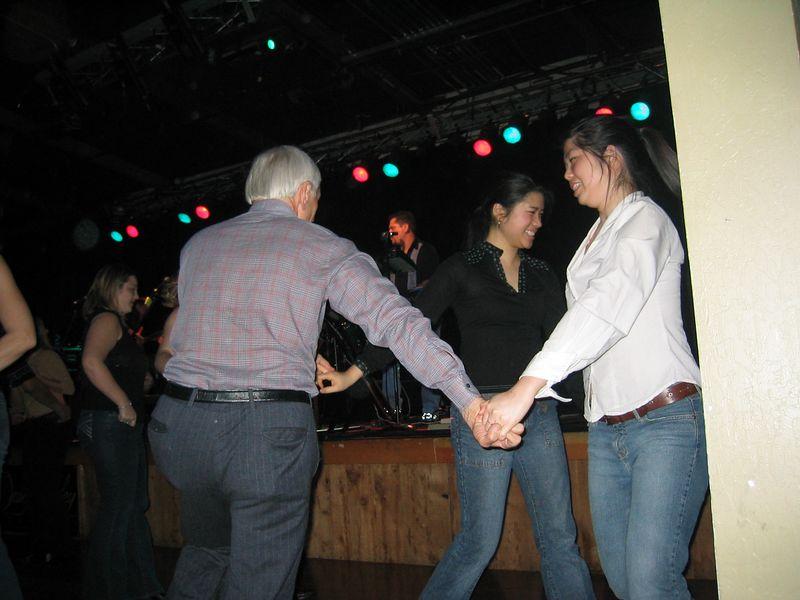 2005 01 21 Friday - Steve, Winita, & Evelyn ring around the posie