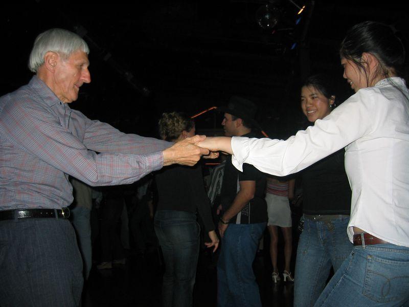 2005 01 21 Friday - Steve mackin'