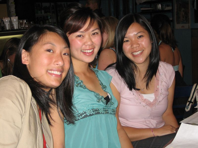 2005 06 04 Saturday - Debbie, Tiffany, & Rhonda