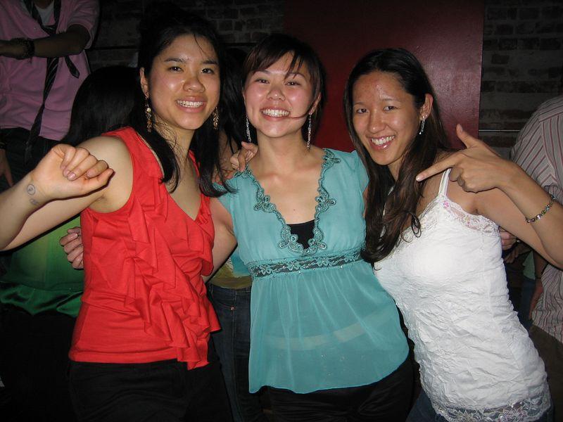 2005 06 04 Saturday - Dragon Bar - Winita Lau, Tiffany Louie, & Joyce Chan on the floor