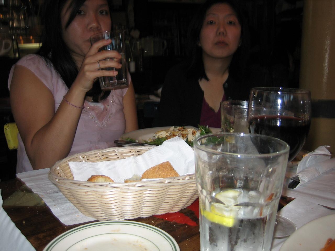 2005 06 04 Saturday - Rhonda & Lisa candid