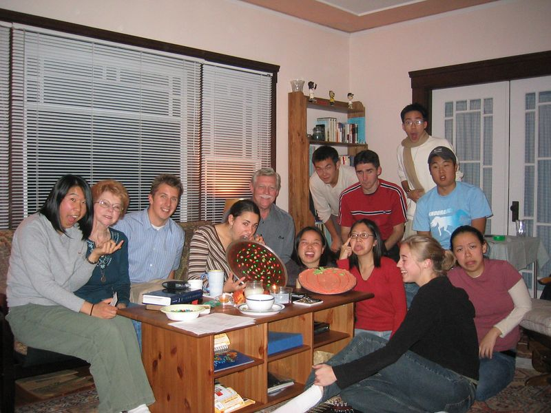 2004 10 27 Wednesday - Matt & Lisa's community goofy group pic sans many