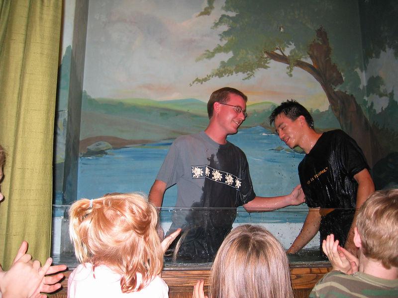 2003 10 05 Sun - Joe Fassler submerged Ben Yu