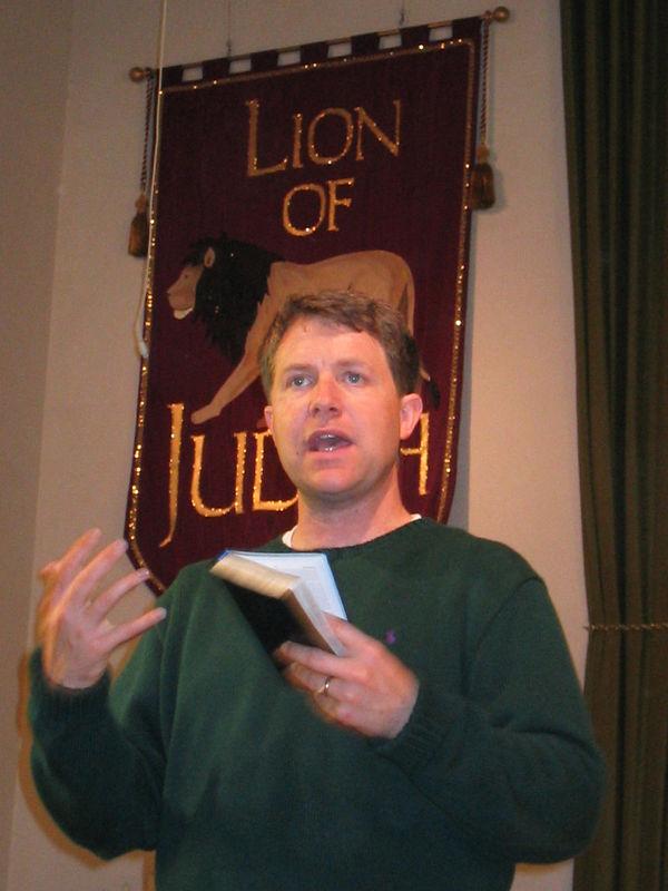 2003 10 05 Sun - Pastor Dennis Tuma explaining baptism