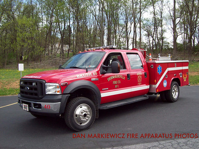 SHOEMAKERSVILLE FIRE CO. BRUSH 40 2007 FORD/READING BRUSH UNIT