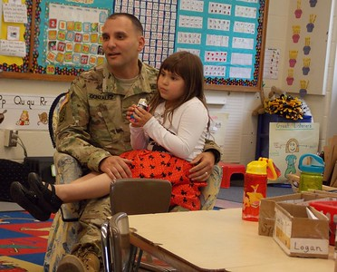 Photos: Army dad surprises kids at Pine Forge Elementary