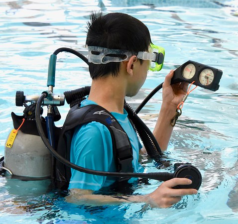 Visually impaired students scuba dive for first time