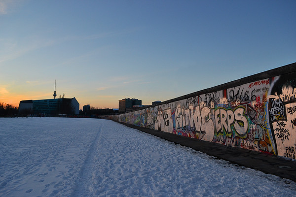 Sunset at the Wall