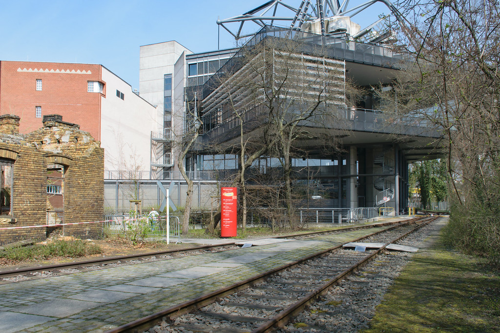 Technical Museum Berlin (modern extension). Helge Pitz and Ulrich Wolff, architects.