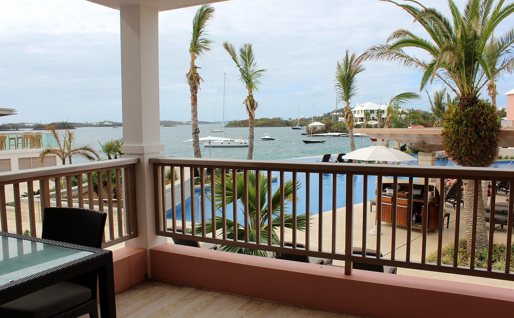 Where to Stay in Bermuda: Hamilton Princess and Beach Club