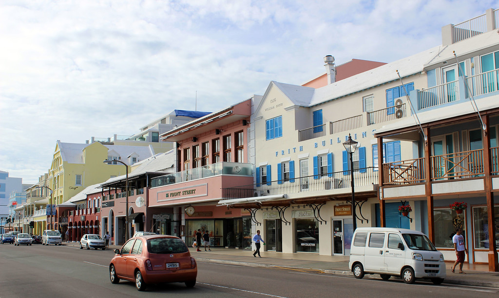 What to see in Bermuda - Front Street in Hamilton