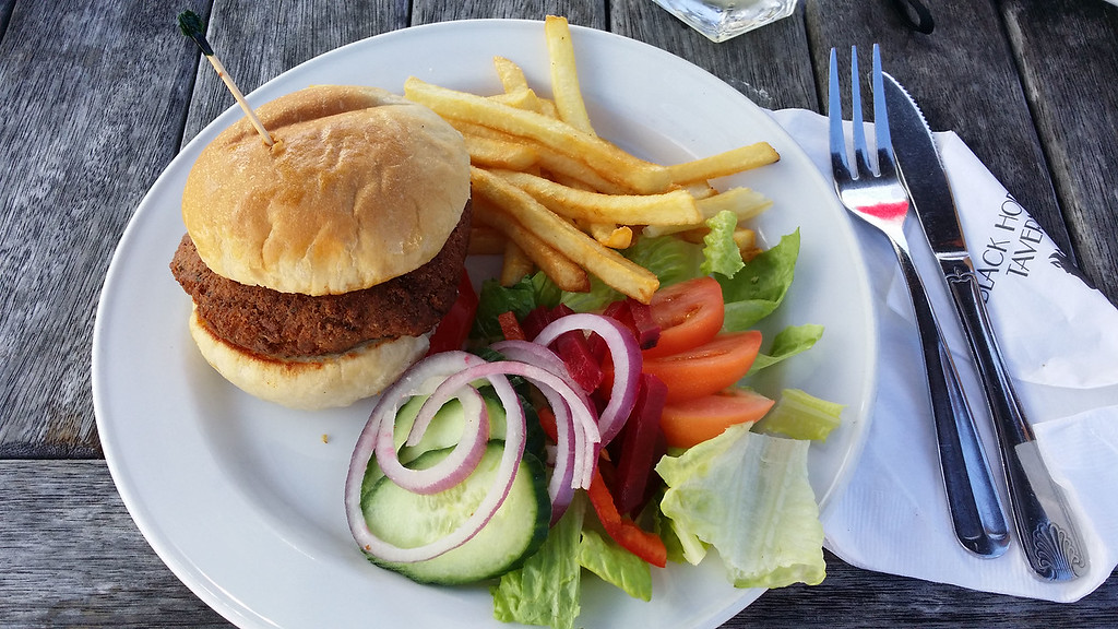 Black Horse Tavern - Chickpea burger