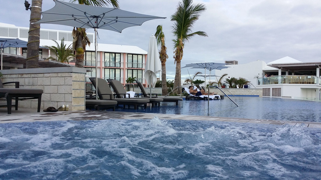 Best Place to Stay in Bermuda: Hamilton Princess and Beach Club - Infinity Pool