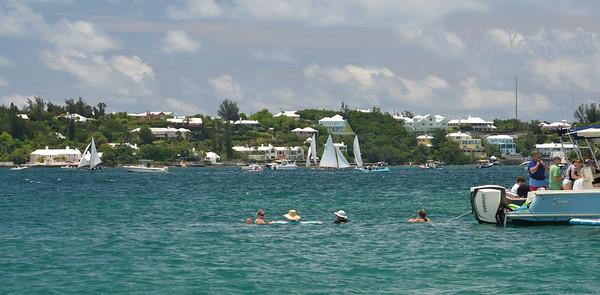 Spectators, Dinghy races in Granaway Deep, Warwick, Bermuda