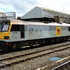 92005 'Mozart' waits to leave after reversal with 90034 from Crewe Station on 0Z23 Crewe IEMD - Warrington Arpley