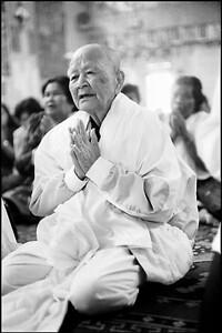 Prayer at Sandhikaram Wat Khmer (Lynn, MA)