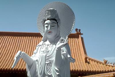 Statue of Kuan Yin at Hsi Lai Temple (Hacienda Heights, CA)