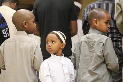 Children Wandering During Nightly Ramadan Salah (Minneapolis, MN)