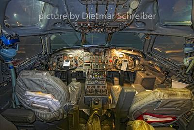 2011-01-06 N865F Douglas DC8-63F National