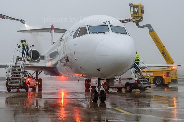 2017-11-16 OE-LVE Fokker 100 Austrian Airlines