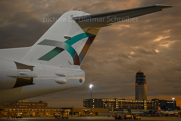 2019-10-09 D-AOLH Fokker 100 Avanti AIr