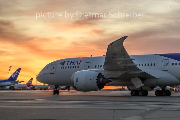2020-02-13 HS-TQF Boeing 787-8 Thai