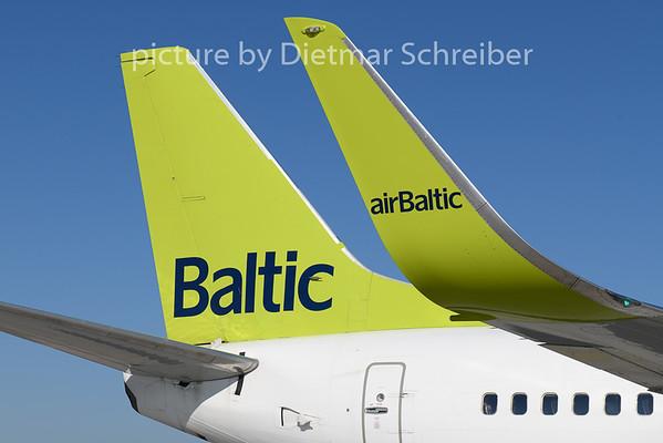 2018-08-13 YL-BBJ Boeing 737-300 Air Baltic