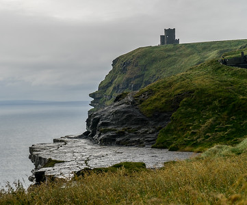 Mo 6/26 Western Ireland. Cliffs of Moher, castle and shelf
