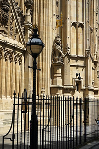 F 6/23  London.  Westminster Abbey and Street Light,