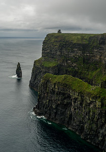 Mo 6/26 Western Ireland. Cliffs of Moher, looking north.