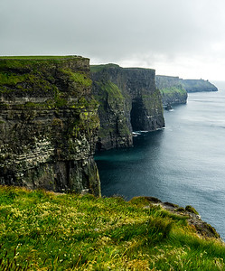Mo 6/26  Western Ireland.  Cliffs of Moher, looking south.