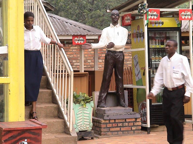 022 - 2005-11 - Rwanda
