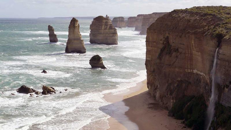 The 12 Apostles on the Great Ocean Road, Victoria, Australia