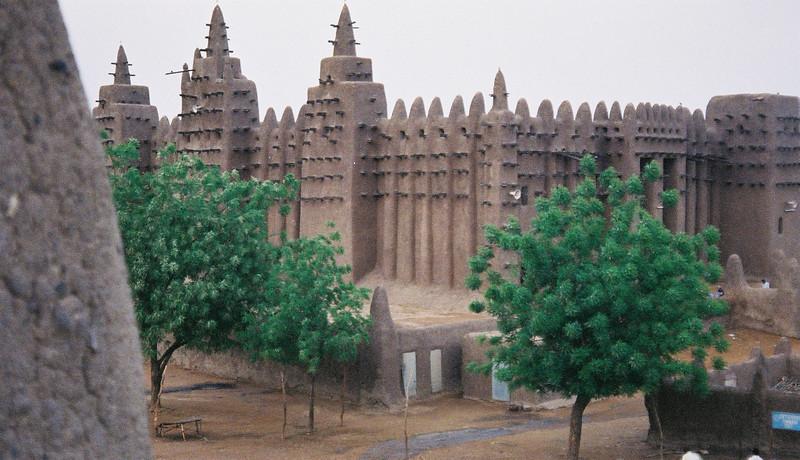 497 - 2000-03 - Mali
