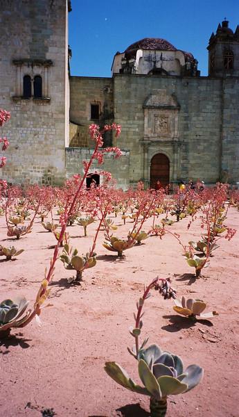 027 - 1999-10 - Oaxaca