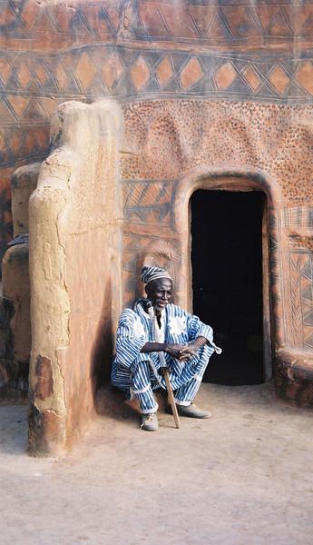 104 - 2000-03 - Gurunsi Burkina Faso